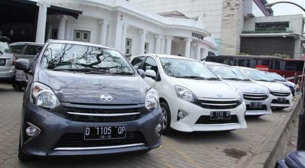 F: Astra Toyota Agya