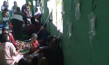 Puluhan Siswa SMP Keracunan Mi Instan dari Kantin Sekolah