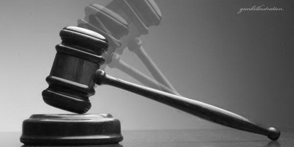 Lawan Pemakzulan, Kena Ukur Tempuh Jalur Hukum