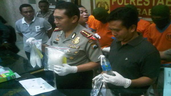 Polisi Temukan Sabu 1,4 Kg di Gang Dolly