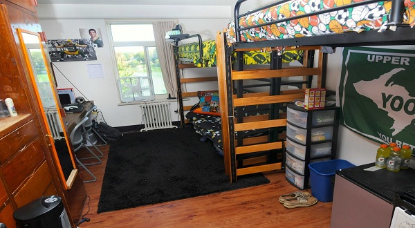 Anak kos ini cara dekor kamar agar tetap homey okezone for Dekor kamar hotel