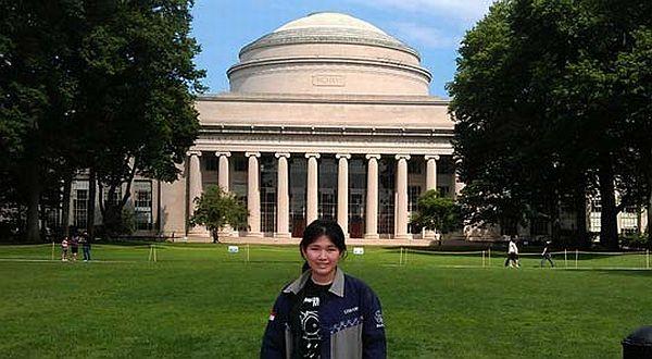 Foto : BloobIS Bawa Leo ke MIT/ITS