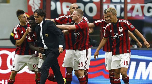 Ditabrak Kereta, Pemain AC Milan Koma