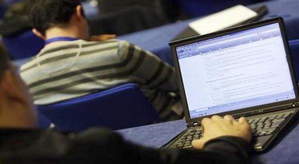 Erasmus Mundus mengundang pelajar internasional untuk mendaftar program beasiswa Information Technology for Business Intelligence (IT4BI). (Foto: Reuters)