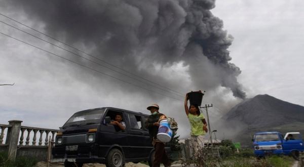 Aktivitas Gunung Sinabung masih tinggi, hujan abu guyur Karo (Ilustrasi, Foto: Okezone)