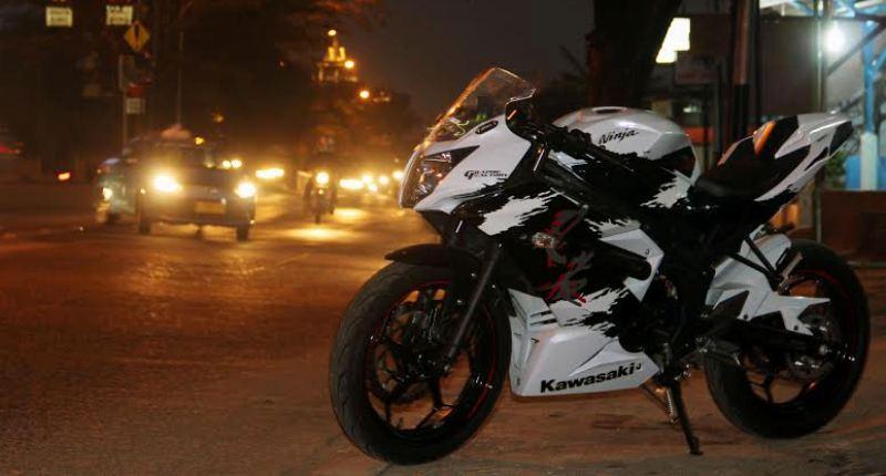 terbaru modifikasi motor ninja rr mono