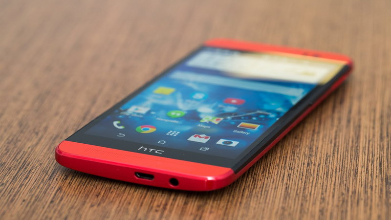 HTC E8 Resmi Meluncur dengan Harga Rp 7,5 Jutaan