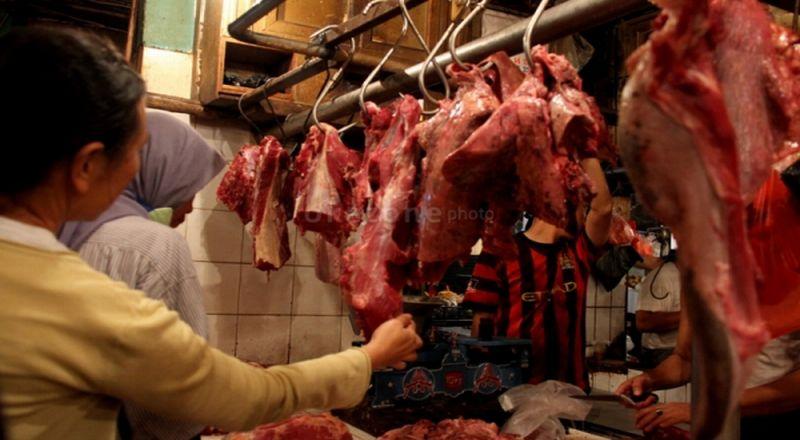 https: img.okezone.com content 2014 11 02 338 1060145 polsek-tambun-amankan-800-kg-daging-celeng-r1XItaSGYr.jpg