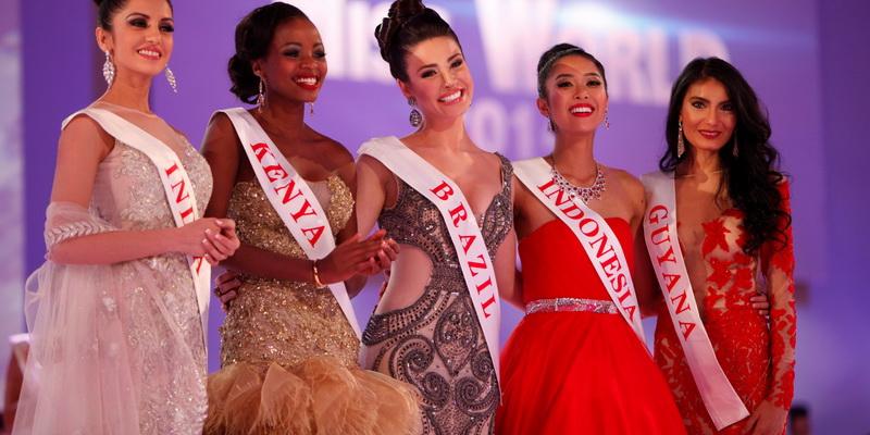 https: img.okezone.com content 2014 12 14 194 1079165 maria-rahajeng-masuk-top-five-bwap-miss-world-jwl7BF46pv.jpg