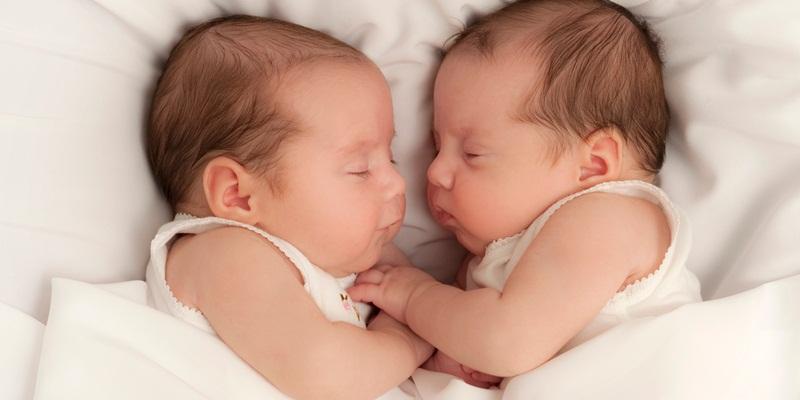 https: img.okezone.com content 2014 12 17 481 1080409 bayi-tabung-berpotensi-miliki-anak-kembar-uD8gG5O14m.jpg