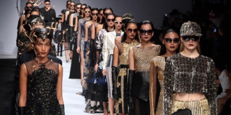 https: img.okezone.com content 2014 12 18 194 1081058 zaman-sekarang-mudah-bisnis-fesyen-sJTl3YSY02.jpg