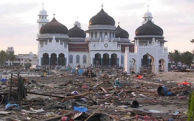 https: img.okezone.com content 2014 12 27 340 1084446 jepang-belajar-penanganan-tsunami-dari-indonesia-wKpcSMUFlY.jpg