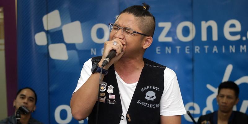 https: img.okezone.com content 2015 01 11 205 1090723 dua-jagoan-pasha-ungu-di-indonesian-idol-junior-P8dI6bIBR0.jpg