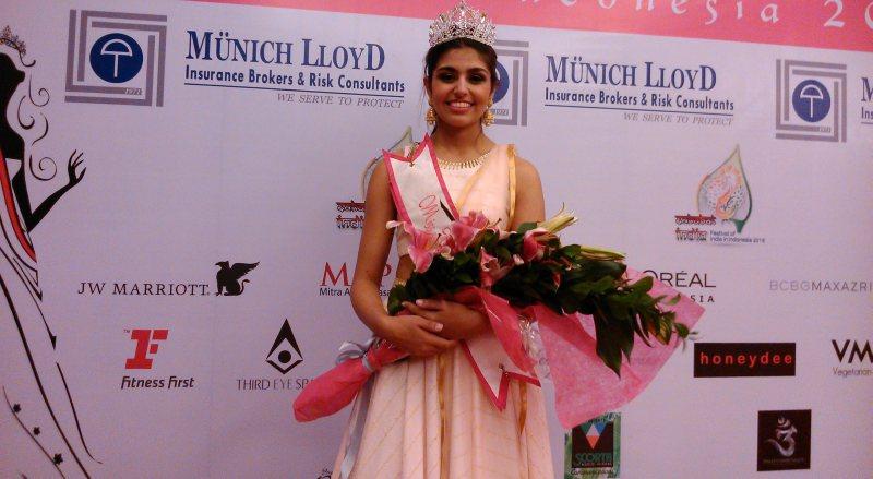 https: img.okezone.com content 2015 01 31 194 1099722 miss-india-puji-kecantikan-wanita-indonesia-T6OdvsFB1R.jpg