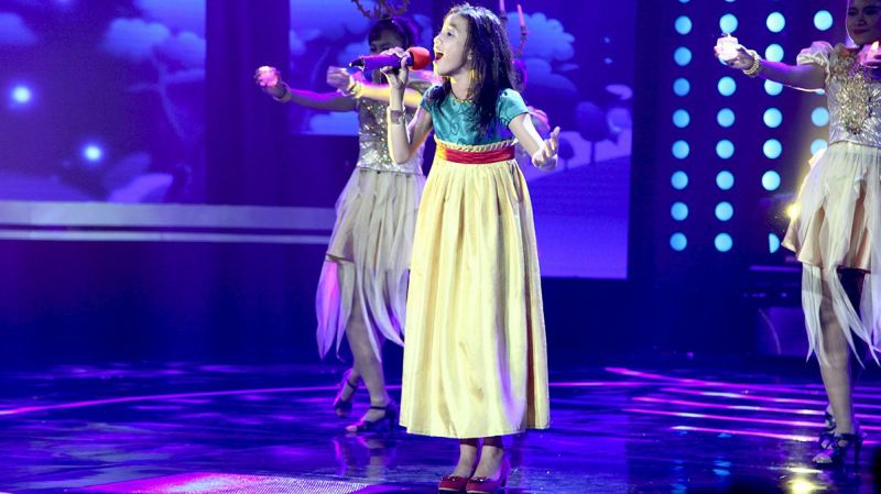 https: img.okezone.com content 2015 01 31 205 1099719 lima-kontestan-indonesian-idol-junior-duet-bareng-depe-husein-tSTpfXInY8.jpg