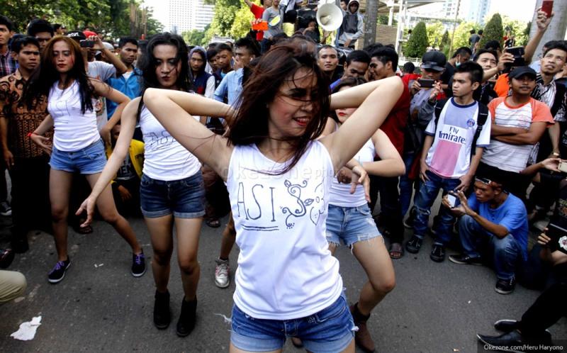 Sexy dancer indonesia