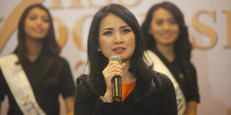 https: img.okezone.com content 2015 02 09 194 1103342 miss-indonesia-2015-satukan-perbedaan-4SO91DeI1p.JPG