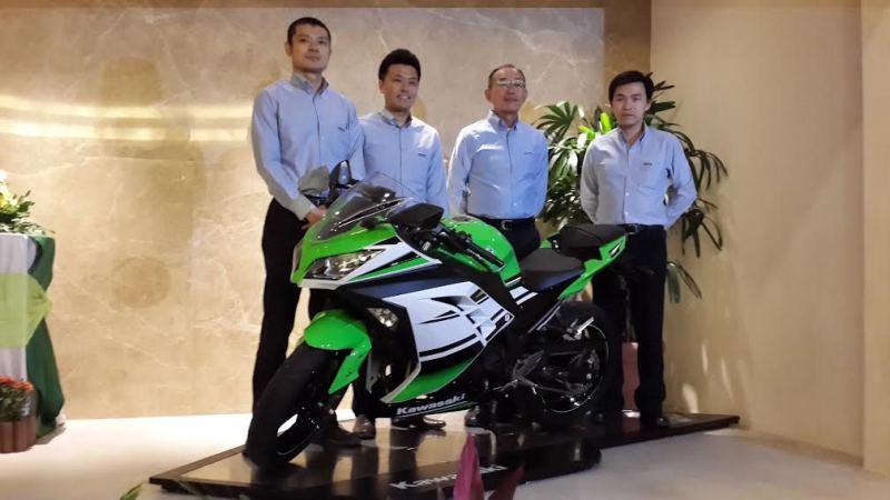 Kawasaki Indonesia Luncurkan Ninja ZX10R dan Ninja 300