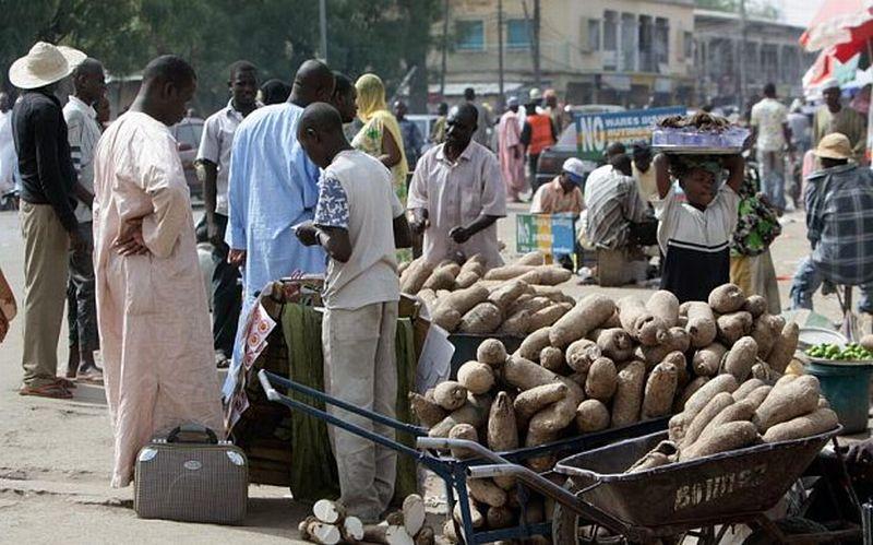 buat strategi perdagangan pedagang valas perempuan di nigeria