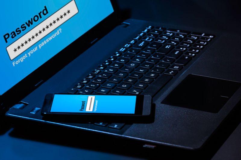 https: img.okezone.com content 2015 02 24 207 1109846 beli-dan-klaim-asuransi-kini-bisa-gunakan-smartphone-Uc2JQHsQ8B.jpg