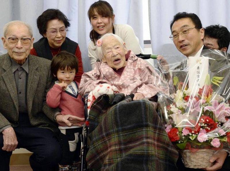 Manusia Tertua di Dunia Rayakan Ulang Tahun Ke-117