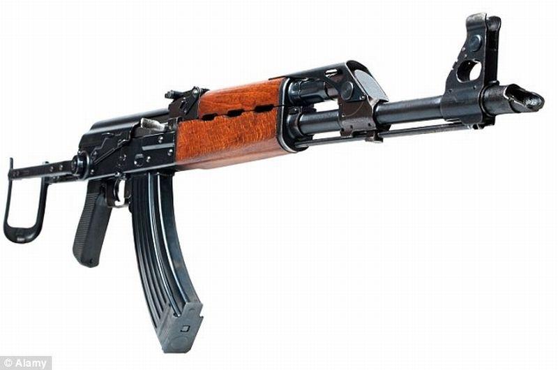 bocah-main-senapan-ak47-tewaskan-satu-or