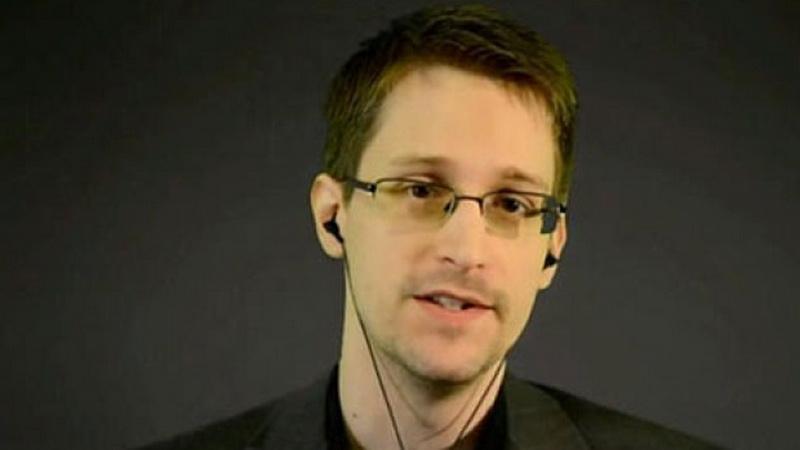 Edward Snowden Ingatkan Masyarakat Dunia Bahaya Cyber Crime