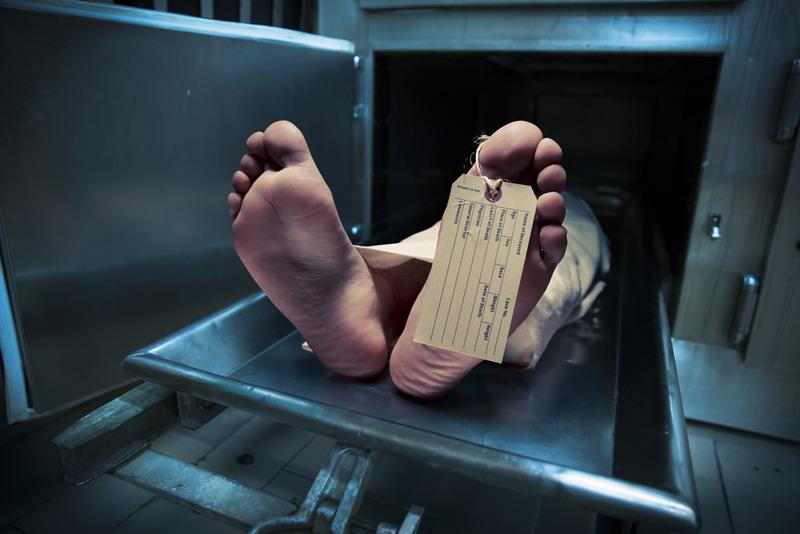 https: img.okezone.com content 2015 04 26 338 1140315 tahanan-polsek-sukmajaya-tewas-keluarga-protes-AVZ8vKmYnS.jpg