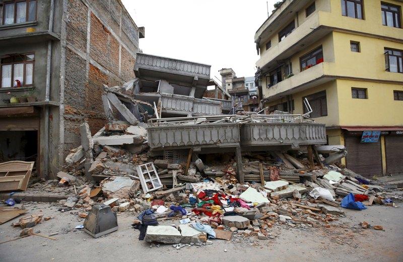 Foto gempa di nepal 66
