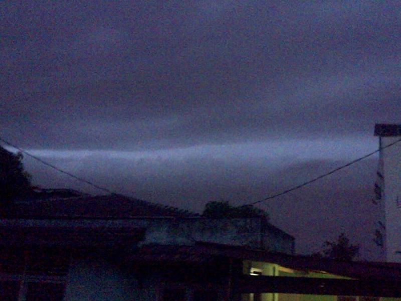 Langit Terbelah (Foto: Okezone)