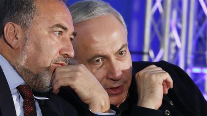 Menteri Luar Negeri Israel, Avigdor Lieberman (Kiri) dan PM Israel Benjamin Netanyahu (Kanan) (Foto:Al Jazeera)