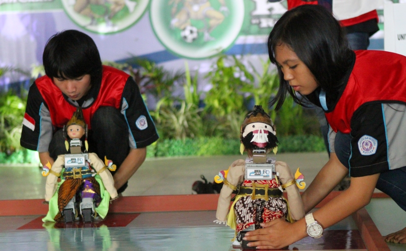UMY Tuan Rumah Kontes Robot Indonesia