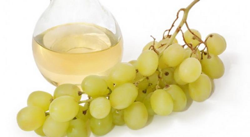 https: img.okezone.com content 2015 06 03 298 1159684 minyak-anggur-jadi-minyak-andalan-baru-di-inggris-IVpzreOIRu.jpg