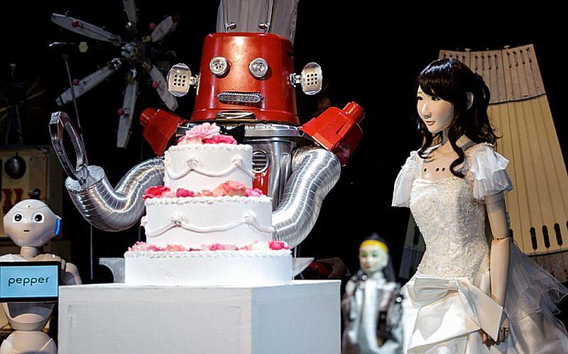 [Image: jepang-gelar-pernikahan-robot-pertama-di...Y0Csog.jpg]
