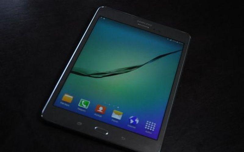 https: img.okezone.com content 2015 06 29 92 1172961 galaxy-tab-a-tablet-murah-samsung-dilengkapi-s-pen-F1TdipUhf1.JPG
