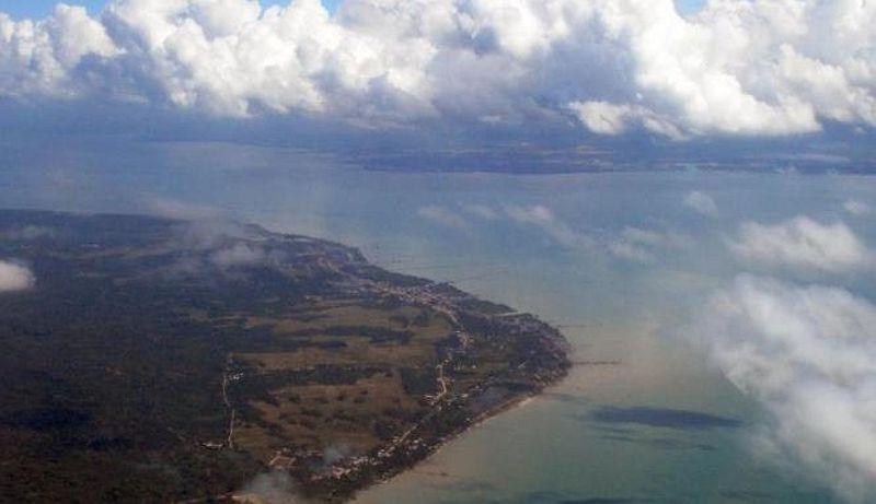 https: img.okezone.com content 2015 06 30 18 1173741 pilot-kira-helipad-di-pulau-sebatik-milik-malaysia-f5o7xs6j1t.jpg