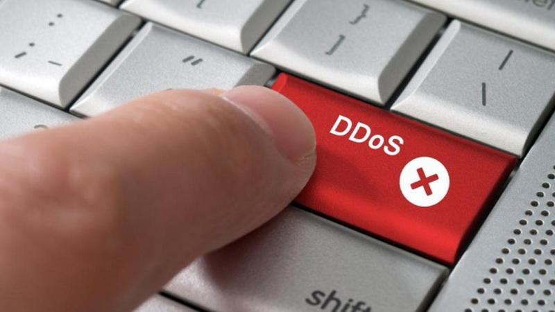 ABG Ini Dilarang Akses Komputer Selama Dua Tahun