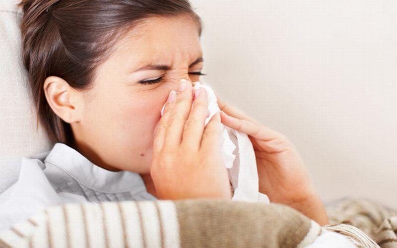 https: img.okezone.com content 2015 08 06 481 1191741 fakta-mengejutkan-tentang-penyakit-flu-JpdV7bjYUz.jpg