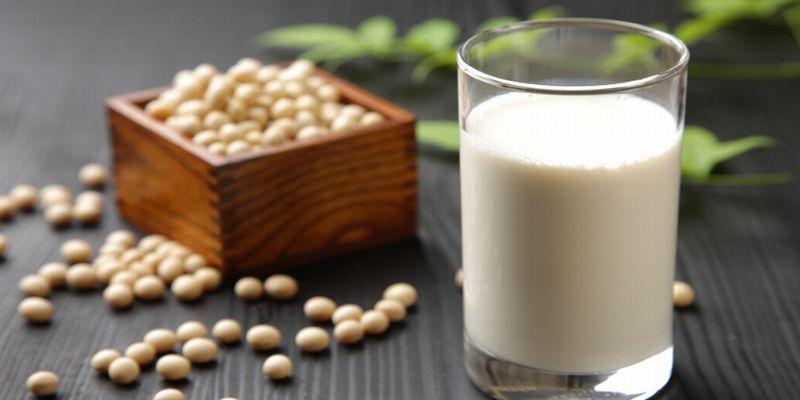 https: img.okezone.com content 2015 08 07 481 1192468 susu-ini-cocok-untuk-anak-alergi-SxGLmaoSrj.jpg