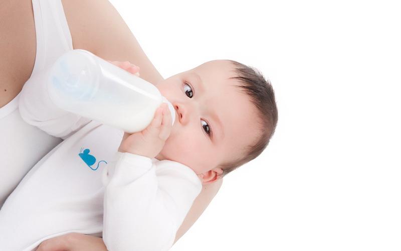 https: img.okezone.com content 2015 08 11 481 1194292 cara-mengatasi-anak-dengan-alergi-susu-sapi-awU0RPzfg0.jpg