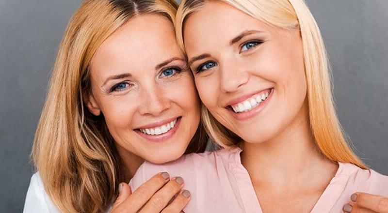 https: img.okezone.com content 2015 08 12 196 1194982 lima-nasihat-penting-ibu-pada-anak-perempuan-kxGDk1wqQb.jpg
