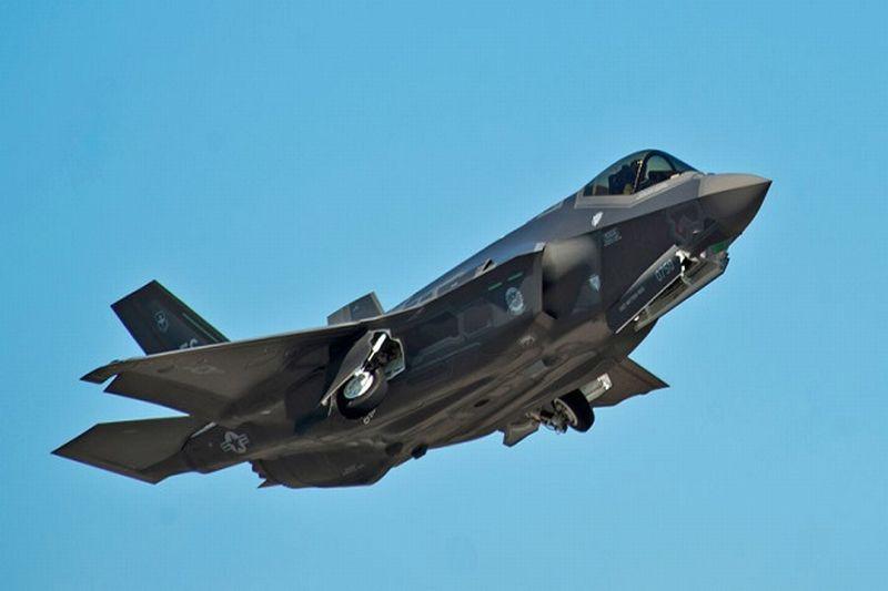 Pesawat Jet Tempur Tercanggih Amerika Serikat F-35 Diolok-olok karena Dinilai Kalah Bersaing dengan Jet Tempur Rusia (Foto: Reuters)