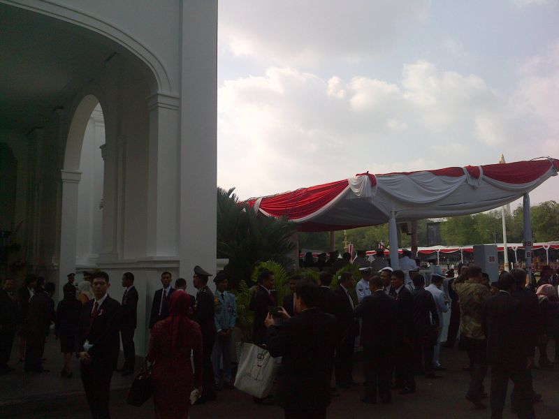 Kondisi Istana Negara Jelang Pengibaran Bendera Hut Kemerdekaan RI ke-70 (foto: Angkasa/Okezone)