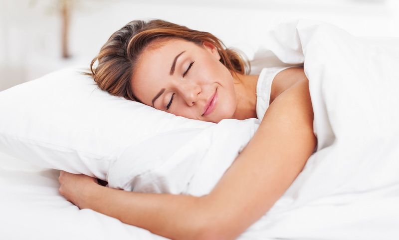 Jadi, mereka tetap memilih tidur pakai bantal dibanding tidak sama sekali.