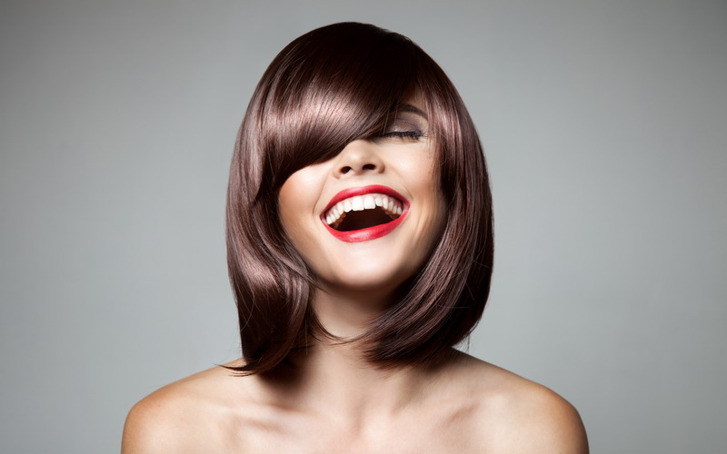 https: img.okezone.com content 2015 09 03 194 1207370 potongan-rambut-sesuai-bentuk-wajah-tmhMVdkaPA.jpg