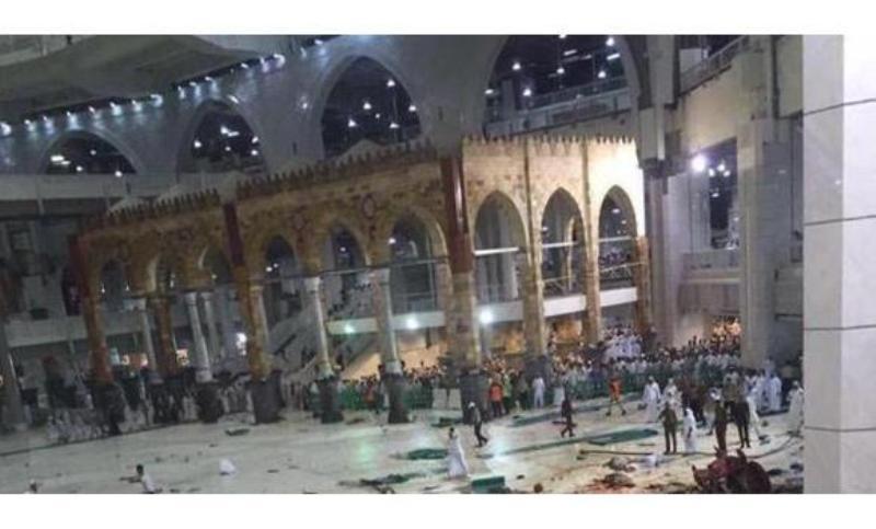 https: img.okezone.com content 2015 09 11 18 1212806 hujan-es-badai-akibatkan-crane-jatuh-di-masjidil-haram-njykBq7dMq.jpg