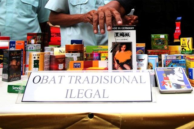 puluhan ribu obat tradisional ilegal ikut disegel
