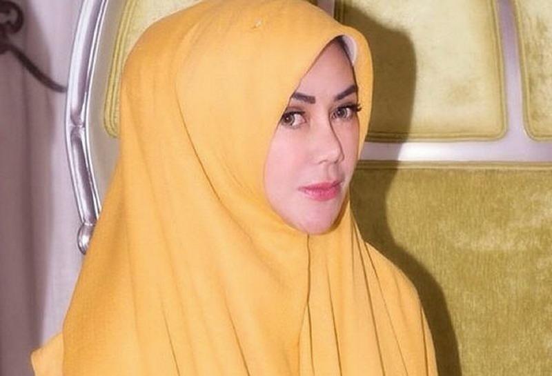 Gaya Hijab Amy Qanita