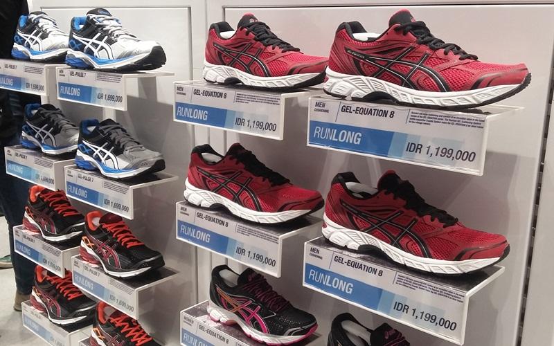 Toko Sepatu Asics Kini Hadir di Jakarta Selatan   Okezone Lifestyle f87cee9c22