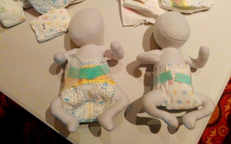 https: img.okezone.com content 2015 09 22 481 1218875 pentingnya-popok-berukuran-pas-bagi-bayi-prematur-Iv4zRgwhzq.jpg